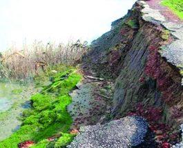 মাতামুহুরী নদীগর্ভে উপকূলীয় বাঘগুজারা-বদরখালী সড়ক