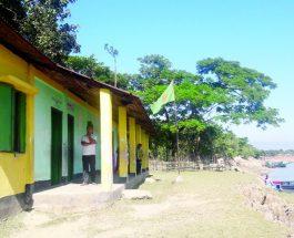সুরমার ভাঙনে ঝুঁকিতে মঈনপুর স্কুল